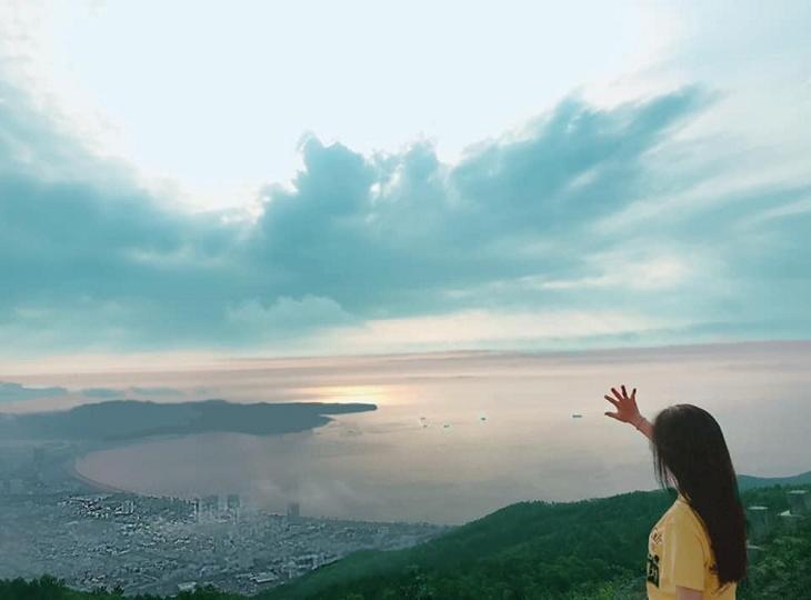 Ngắm toàn cảnh Quy Nhơn từ núi Vũng Chua