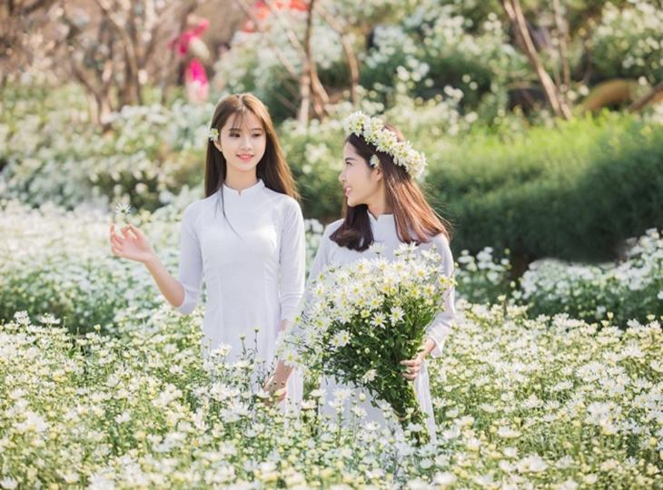 Vườn Nhãn Long Biên – tọa độ sống ảo mới toanh của giới trẻ Thủ đô