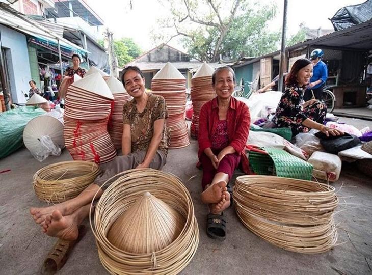 Ghé thăm làng nón trăm tuổi của Hà Nội